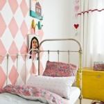 utilizar papel pintado infantil original en una pared