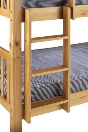 escaleras seguras en las literas para nios