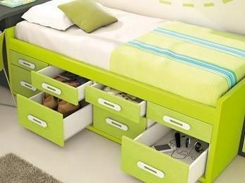 camas compactas con cajones y contenedores abiertos