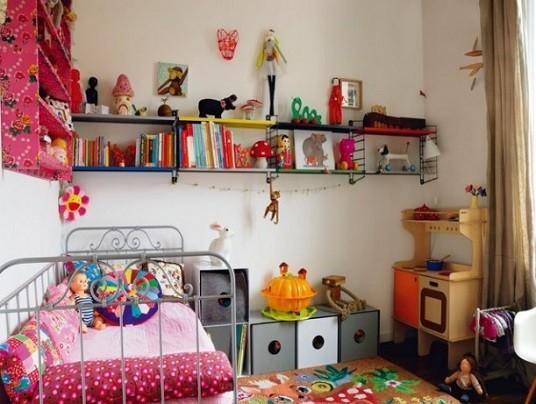 como ordenar los juguetes en una habitacion infantil de reducidas dimensiones