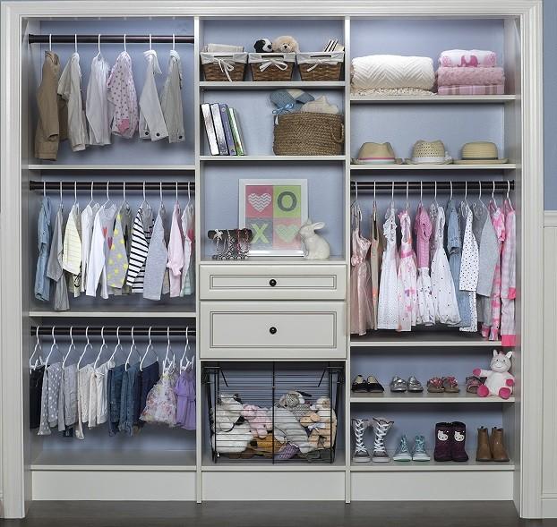 Como ordenar decorar y organizar armarios infantiles - Organizar armarios empotrados ...
