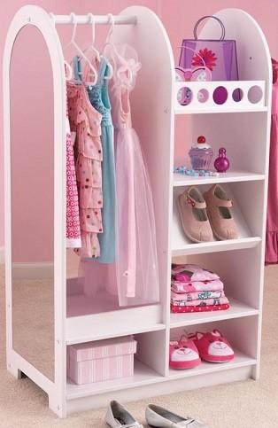 Como ordenar decorar y organizar armarios infantiles - Armarios para habitacion nina ...
