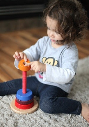 juguete metodo Montessori destreza manipulativa
