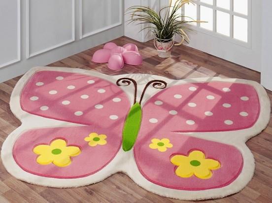 alfombra infantil lavable con forma mariposa
