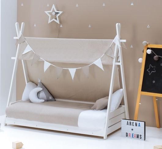 guirnalda decorativa para cama casita
