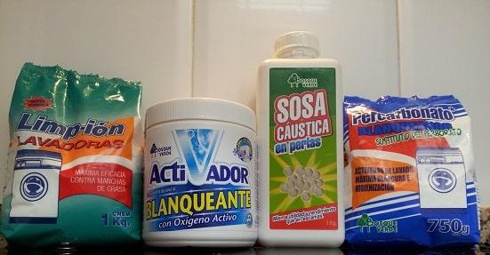 como limpiar ropa blanca en lavadora
