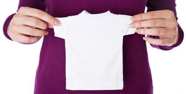 ropa encogida por lavar con agua caliente