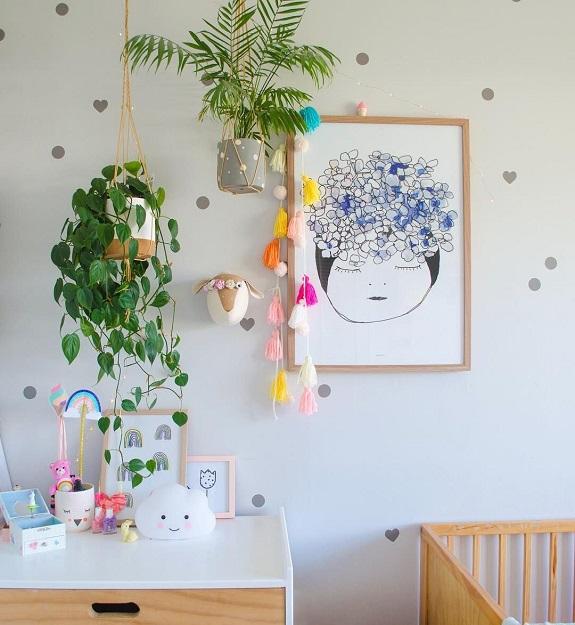 ambientar con flores o plantas cuarto infantil