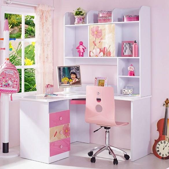 escritorio con estanterias y cajones